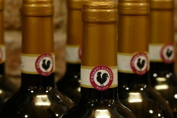 buy chianti wine by looking for red labels with a rooster in the middle