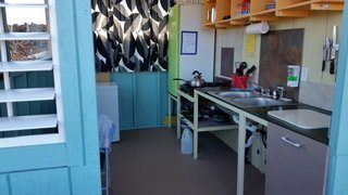 staying in backpacker hostels you have access to kitchen facilities with sink, stove and fridge